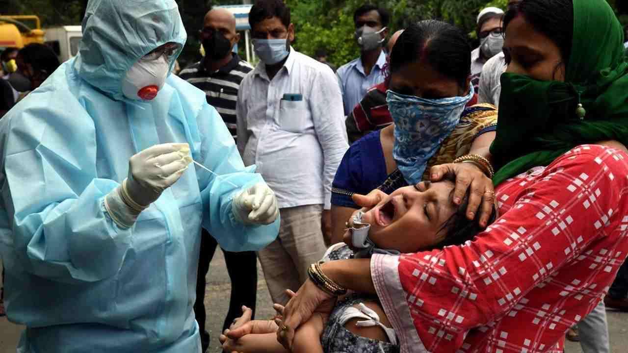 भारत में कोरोना coronavirus-health-worker (1)