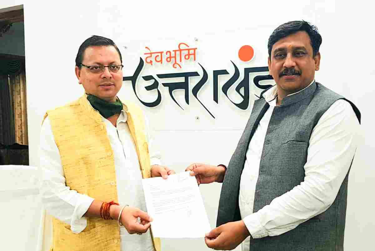 satish lakhera with pushkar singh dhami